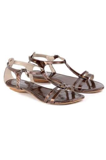 harga sandal garucci